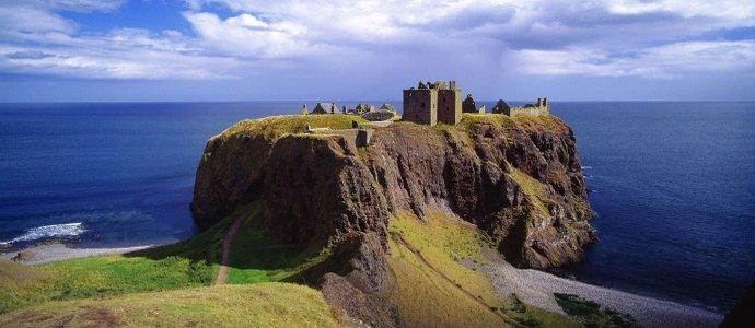 Afbeeldingsresultaat voor dunnottar castle