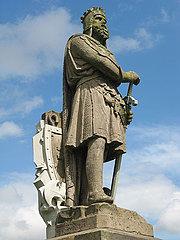 Bruce Statue